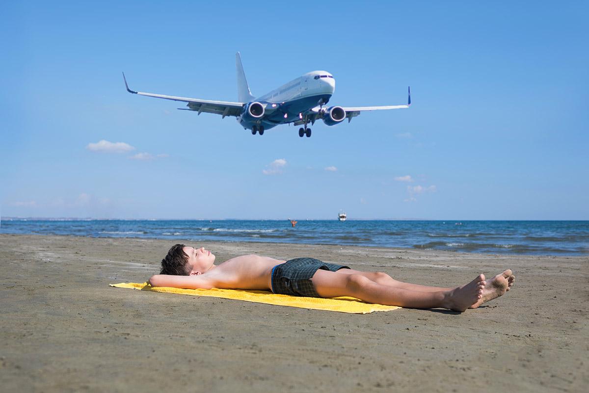 пляжи Кипра: Mackenzie-Beach пляжи Кипра Лучшие пляжи Кипра – с белым песком, для тусовок, для отдыха с детьми  D0 9F D0 BB D1 8F D0 B6 D0 B8  D0 9A D0 B8 D0 BF D1 80 D0 B0 Mackenzie Beach 1