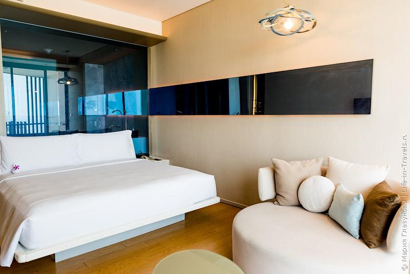 Хилтон Паттайя (Hilton Pattaya) – отель с шикарным бассейном-инфинити и руфтоп баром в самом центре Паттайи