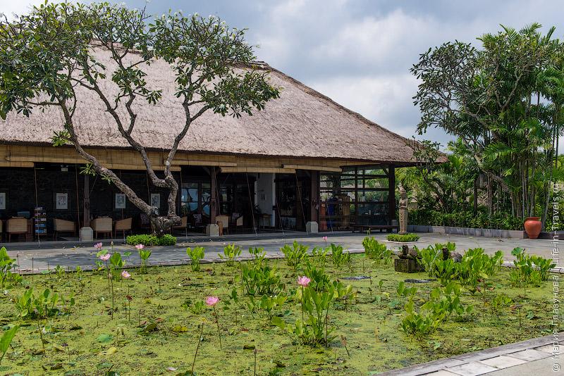 Belmond Jimbaran Puri – люксовый отель с виллами на пляже Джимбаран, Бали