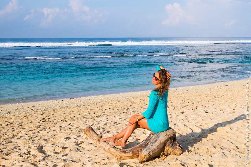 Пляж Меласти, Бали