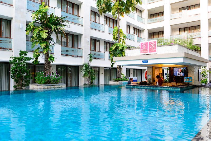 Отель Aston Kuta Hotel & Residence, Кута, Бали