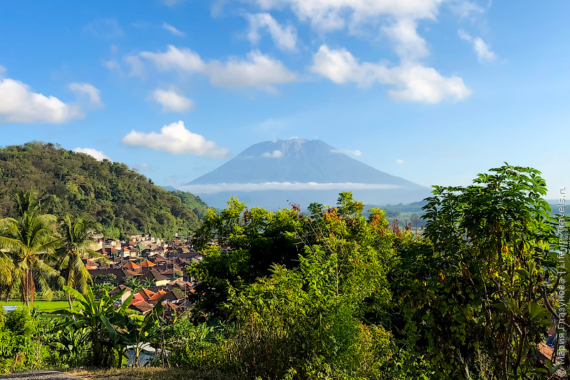 Чандидаса, вулкан Агунг