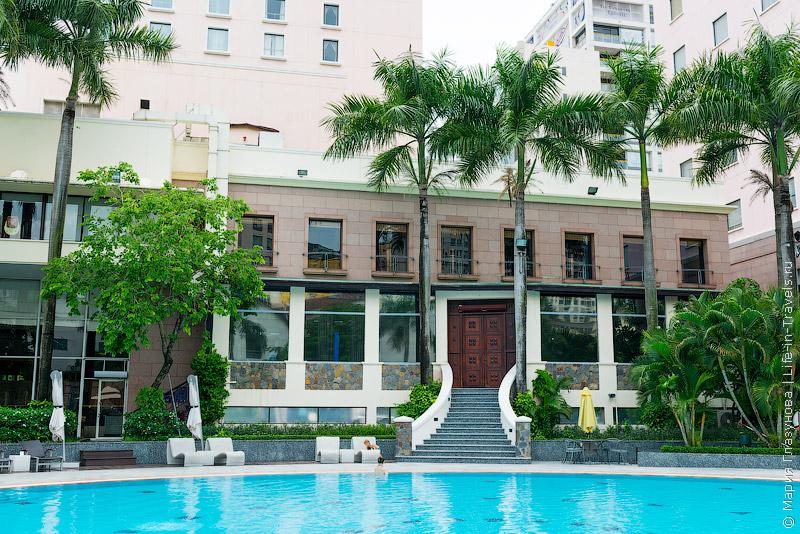 Lotte Legend Hotel Saigon – приятный отель в центре Хошимина на берегу реки Меконг
