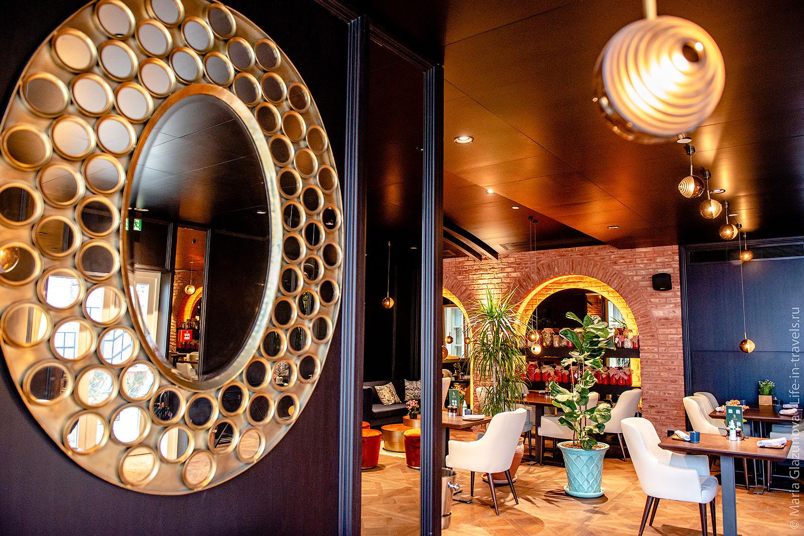 чDefne Restaurant в Стамбуле, отель Six Senses Kocatas Mansions